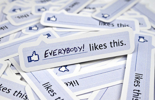 Everybody-loves-Facebook